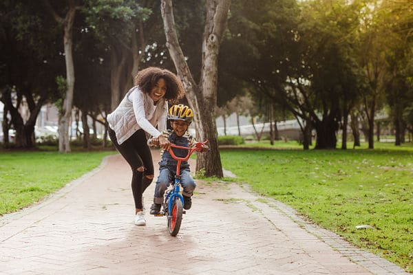 Why You Should Send Your Kids Outside To Play – And Go With Them